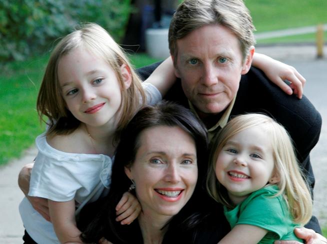 Auum Testimonials and Children Cheryl Millett Family Portrait